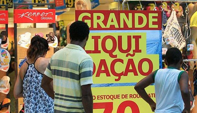Consumidor precisará ter disciplina para restaurar o equilíbrio financeiro - Foto: Joá Souza   Ag. A TARDE