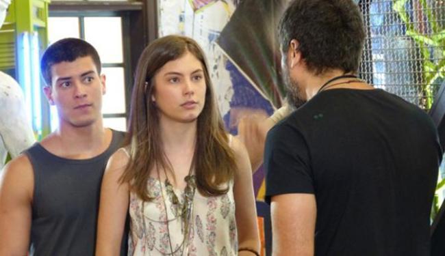 Gael flagra DR entre Duca e Bianca e briga com o casal - Foto: Reprodução | GShow