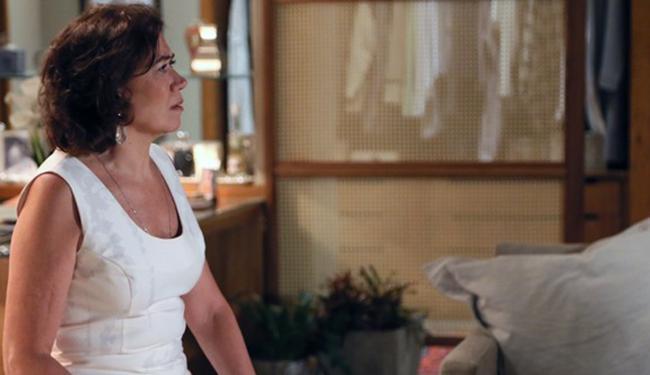 Marta recebe proposta sobre o futuro de um dos filhos e fica perplexa - Foto: Reprodução   GShow