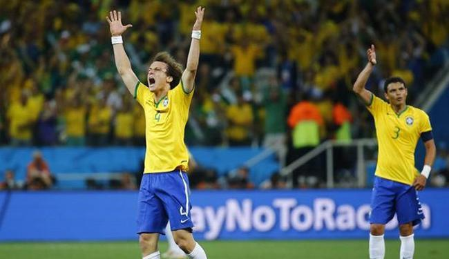 Apesar do insucesso da Copa, a dupla de zaga Seleção Brasileira foi eleita a melhor de 2014 - Foto: Kai Pfaffenbach   Ag. Reuters