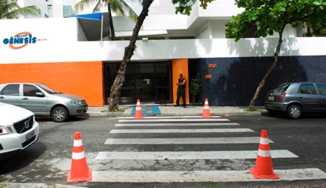 Uma das escolas autuadas indicava site para compra de materiais - Foto: Divulgação