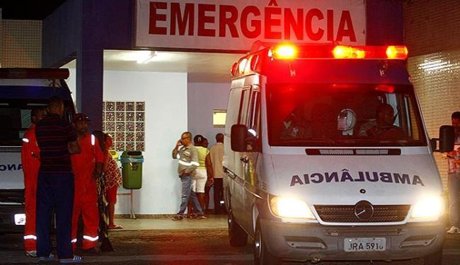 Vítimas foram levadas, inicialmente, para o Hospital Centro de Medicina Humana, na cidade de Candeia - Foto: Fernando Vivas   Ag. A TARDE