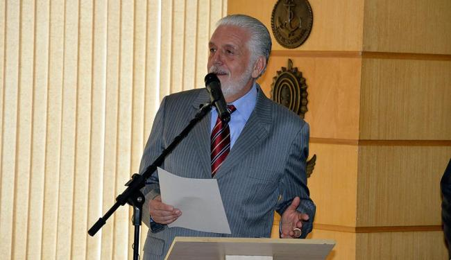 O ministro da Defesa, Jaques Wagner, informou que defende a