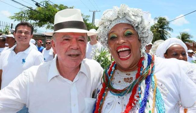 Vice-governador participou do cortejo - Foto: Mateus Pereira/GOVBA