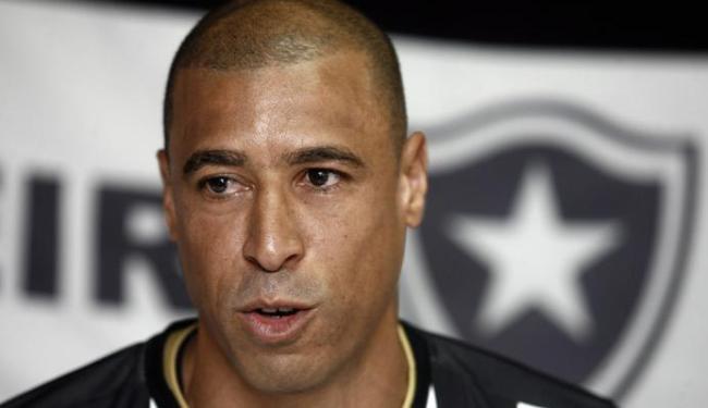 Jorge Wagner defendeu o Botafogo em 2014 - Foto: Luiz Tito | Ag. A TARDE