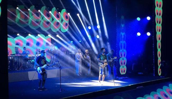Banda brasiliense recebeu vários convidados na gravação do DVD - Foto: Reprodução | Facebook