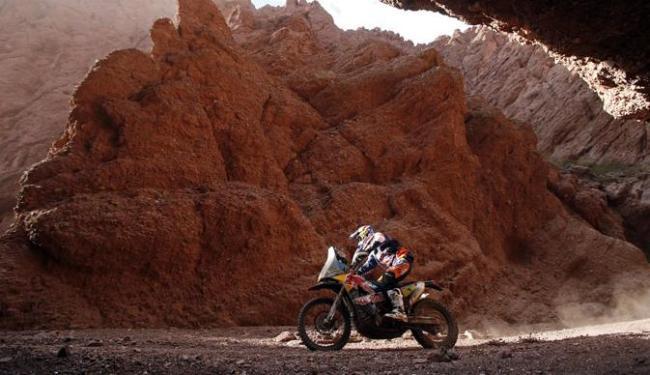 O espanhol é quatro vezes campeão do Rally Dakar entre motos - Foto: Jean-Paul Pelissier | Ag. Reuters