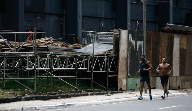 Camarotes devem ter proteção para pedestres e ciclistas - Foto: Raul Spinassé | Ag. A TARDE