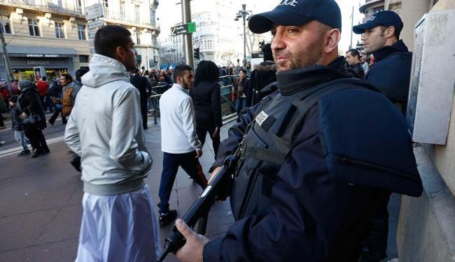 Mais 500 soldados, policiais e agentes de serviços de inteligência serão deslocados à capital - Foto: Philippe Laurenson | Agência Reuters