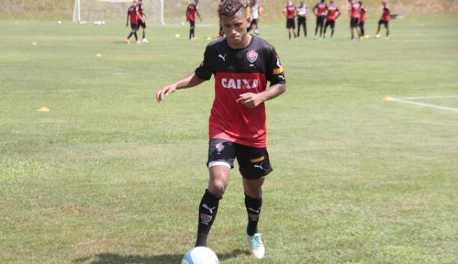 O atacante ainda se recupera de lesão - Foto: Edilson Lima | Ag. A TARDE