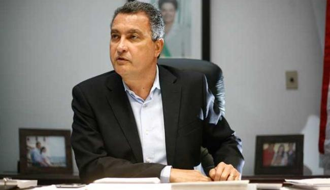 Previsão é de um alívio nas contas públicas de R$ 200 milhões anuais - Foto: Raul Spinassé | Ag. A TARDE