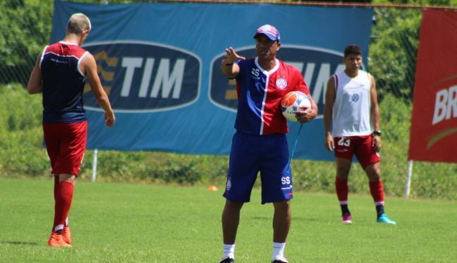 Sérgio Soares montou uma equipe mesclada com jogadores jovens e experientes - Foto: Divulgação   E.C.Bahia