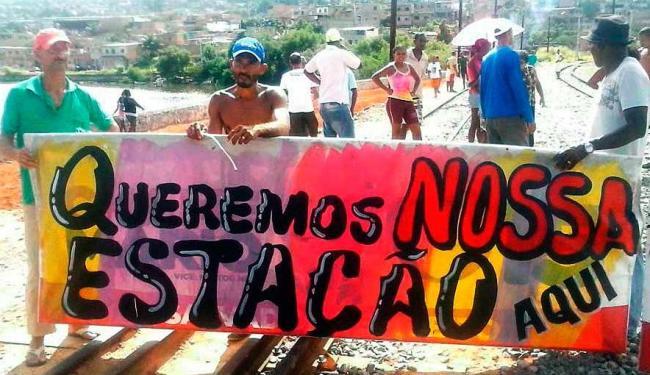 Moradores reivindicam construção da estação em São João do Cabrito - Foto: Cidadão Repórter: Adeiltom Do Vale Barbosa