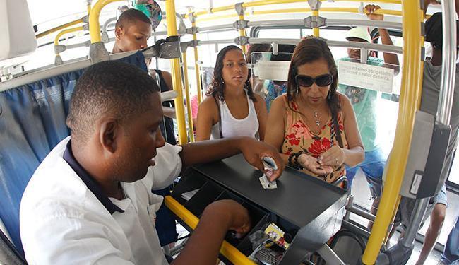 Soteropolitanos pagarão 7% a mais na tarifa de ônibus em 2015 - Foto: Lúcio Tavora | Ag. A TARDE