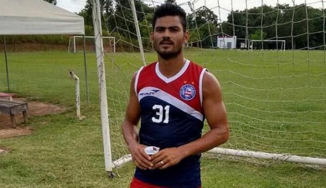 Tony disputará a camisa 2 com Railan e Gamboa - Foto: Divulgação | E.C.Bahia