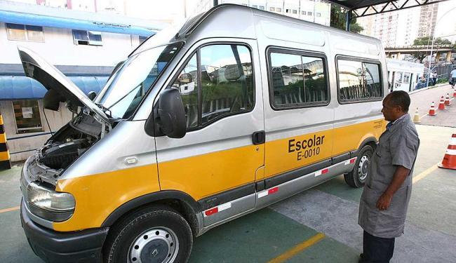 Vistoria deve ser feita para garantir segurança tanto dos motoristas quanto dos estudantes - Foto: Fernando Amorim | Ag. A TARDE