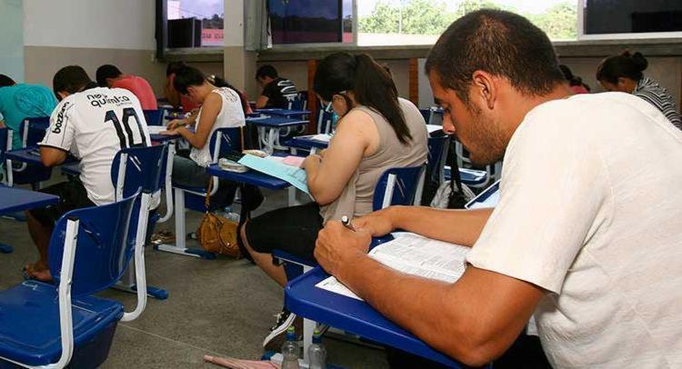Estudantes - Prova - Vestibular - Foto: Joá Souza | Ag. A TARDE