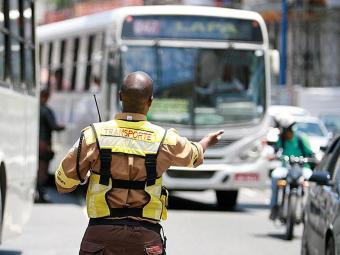 Logo cedo a fiscalização vai proibir o acesso de veículos - Foto: Joá Souza | Ag. A TARDE