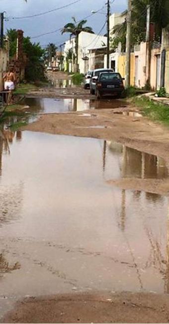 Rua André Falcão não dispõe de drenagem pluvial - Foto: Foto Leitor