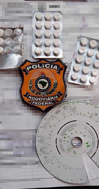 Comprimido tem substância que inibe o sono e sua produção e comercialização são proibidos no Brasil - Foto: Divulgação | PRF Bahia