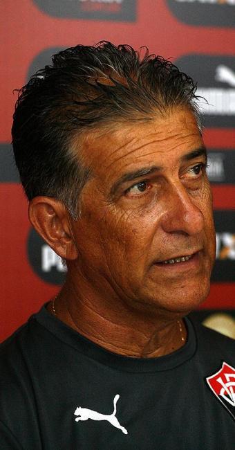Treinador do Leão analisou que seu time evoluiu em campo, mas que ainda precisa melhorar - Foto: Fernando Amorim | Ag. A TARDE