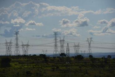 Linhas de transmissão de energia - Foto: Arquivo | Agência Brasil