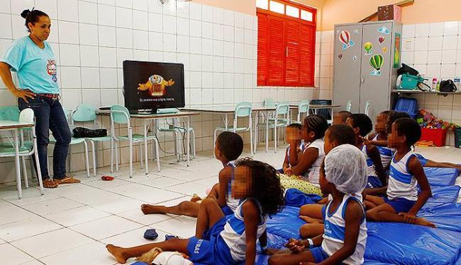 Filhos de ambulantes e catadores têm atenção integral, com atividades recreativas e seis refeições d - Foto: Eduardo Martins l Ag. A TARDE