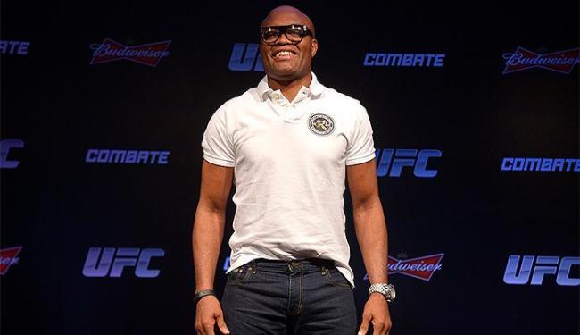 Anderson Silva recebeu R$ 2,1 milhões por vitória contra Nick Diaz - Foto: Alexandre Loureiro l InovaFoto