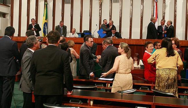 Deputados entregaram, no domingo, os diplomas para registro - Foto: Luciano da Matta l Ag. A TARDE