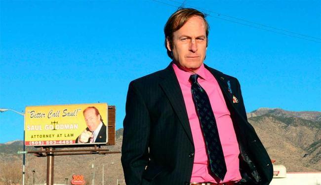 Bob Odenkirk vive o protagonista da série Better Call Saul - Foto: Reprodução