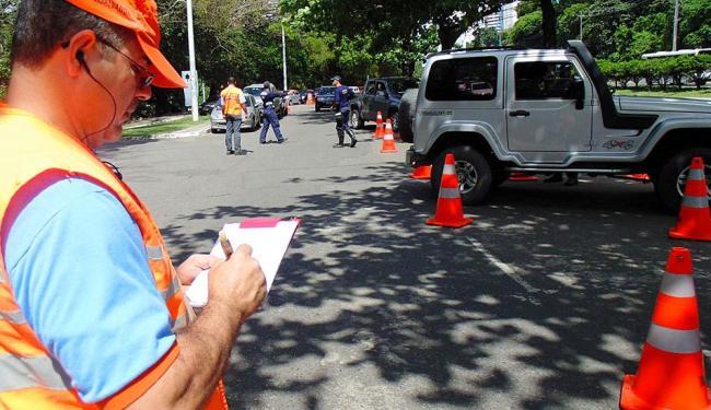 Justiça permite blitz, mas sem apreensão de veículos - Foto: Claudio Cassiano   Ag. A TARDE
