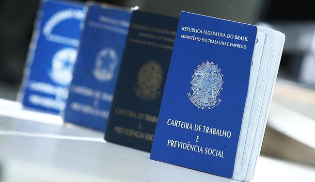 .A CUT não aceita discutir retirada de direitos trabalhistas - Foto: Raul Spinassé   Ag. A TARDE