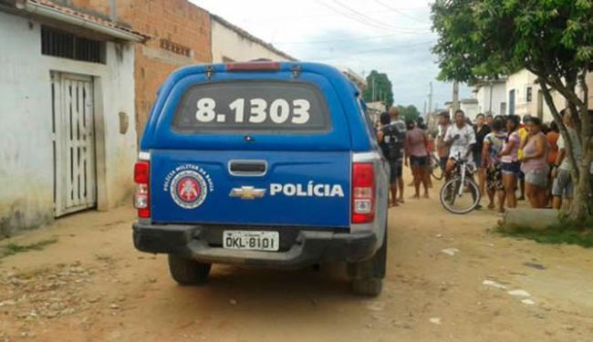 Homem foi morto na porta de casa - Foto: Reprodução | Teixeira News