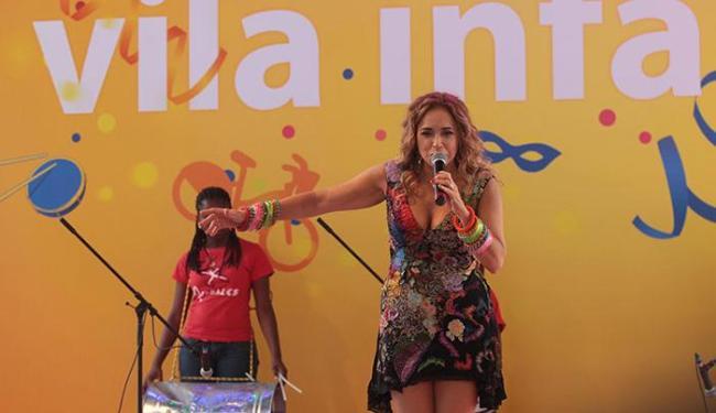 Cantora foi convidada para contar a história do Carnaval baiano aos pequenos foliões - Foto: Lucio Tavora | Ag. A TARDE