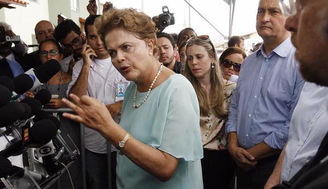 Presidente esteve hoje em Feira de Santana, na Bahia, para entregar imóveis do Minha Casa - Foto: Luiz Tito   Ag. A TARDE   25.02.2015