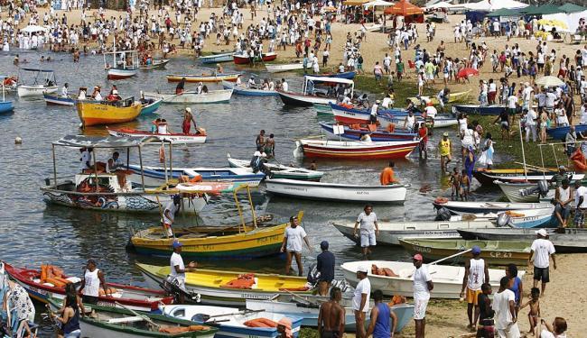 Devotos realizam homenagens à Rainha do Mar - Foto: Marco Aurélio Martins | Ag. A TARDE