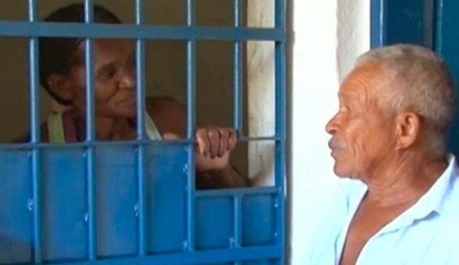 A noticia de que a ex-nora desistiu do acordo deixou a lavradora triste - Foto: Reprodução: TV Bahia