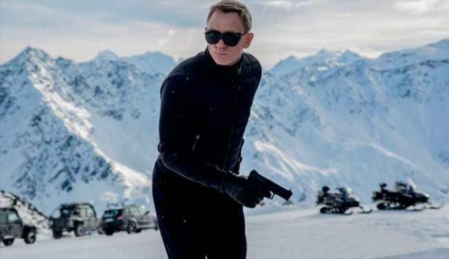 Primeira imagem oficial do filme mostra James Bond na Áustria - Foto: Divulgação