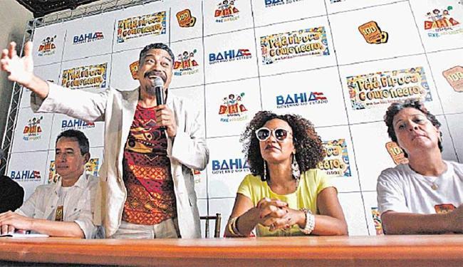 Entusiasmo do secretário Jorge Portugal, da Cultura - Foto: Raul Spinassé   Ag. A TARDE