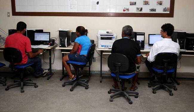 Matrícula pode ser feita em qualquer escola estadual ou pela internet - Foto: Divulgação: Elói Corrêa/GOVBA