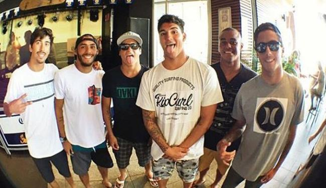 Geração de surfistas brasileiros, conhecida como Brazilian Storm, está pronta para a temporada 2015 - Foto: Reprodução l Instagram