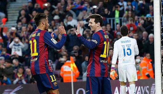 Messi e Neymar comandaram o Barça - Foto: Gustau Nacarino l Reuters