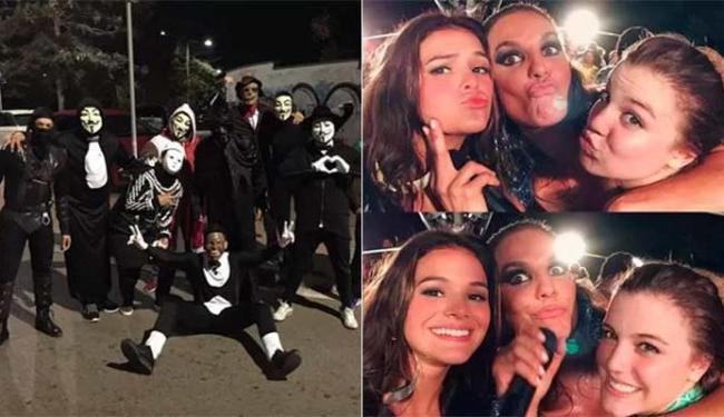 Neymar tirou foto com mascarados; Marquezine, com Ivete e uma amiga em Salvador - Foto: Reprodução | Instagram