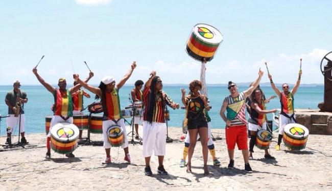 Grupo abordará no Carnaval a forma como as diferentes religiões convivem no país - Foto: Divulgação