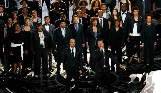 Comum e John Legend apresentaram a canção