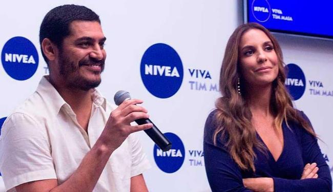 Criolo e Ivete durante coletiva do projeto Nivea Viva - Foto: Projeto Nivea Viva | Facebook | Reprodução