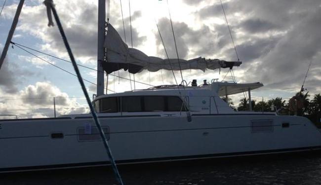 Embarcação de origem francesa foi localizada na Ilha de Sapinhos - Foto: Divulgação | Polícia Federal