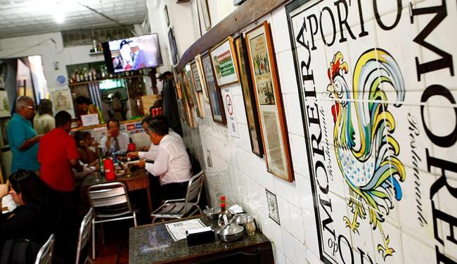 Restaurante funciona na rua Carlos Gomes - Foto: Fernando Vivas   Ag. A TARDE