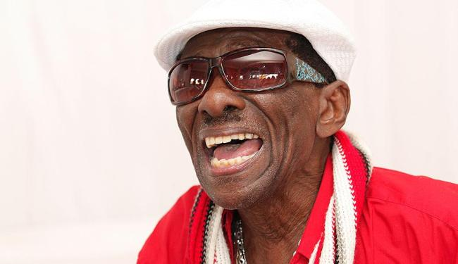 Aos 94 anos, sambista não tem mais energia para o Carnaval - Foto: Margarida Neide | Ag. A TARDE