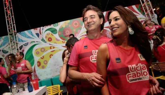 Joesley e Ticiana Villas-Boas dançam coladinhos na Barra - Foto: Mila Cordeiro | Ag. A TARDE